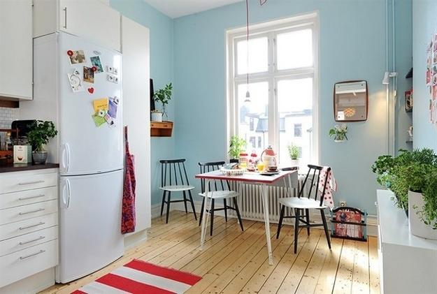 blue-wall-paint-kitchen-decorating-ideas-1