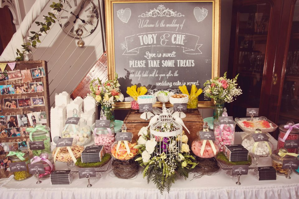 vintage-wedding-decoration-ideas-for-tables-cdftnibi