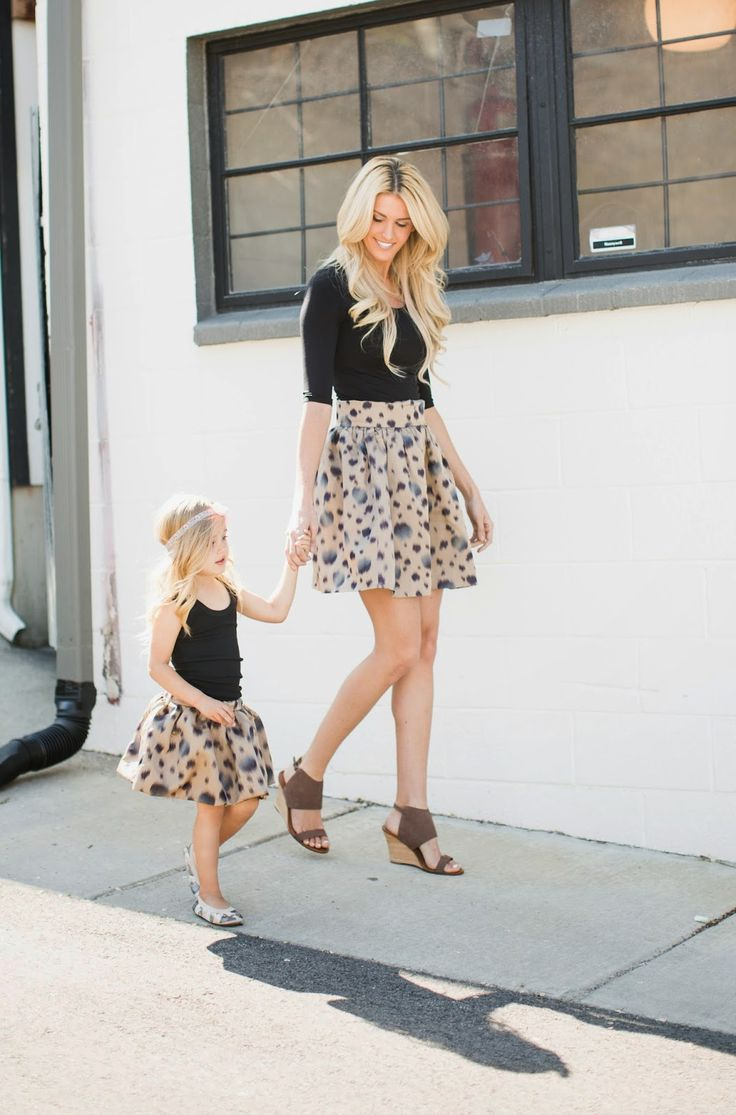 214a9895277fdeeb07bb8a5d9fdf0615--like-mother-like-daughter-mother-daughter-outfits